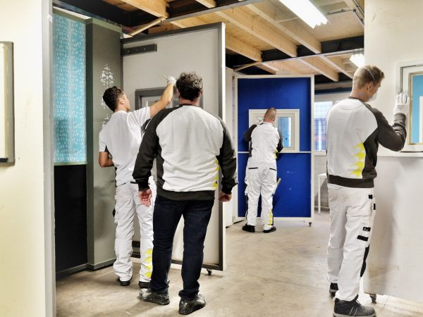Schilderschool Koster Totaalonderhoud heeft 4 leerlingen op het moment